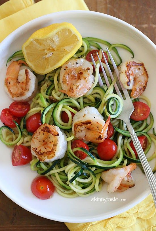 20 minute delish dish –spicy shrimp with zucchini noodles, tomatoes and a squeeze of lemon juice #paleo #glutenfree #lowcarb