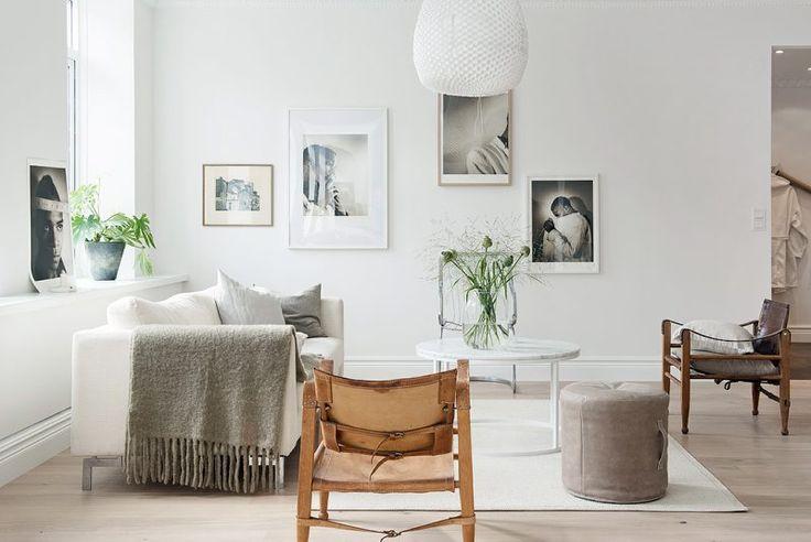 Scandinavian living room * white, grey, nature