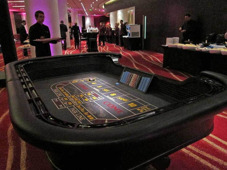 Kegworks premium casino craps game table hotels near seneca casino niagara falls