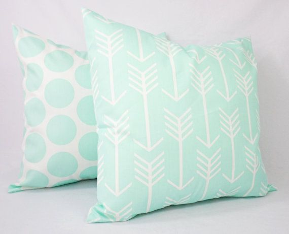 This listing is for ONE decorative pillow cover in a mint and white print. This is a peppermint patty mint green that is very hard to
