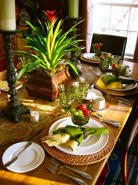 281 Best Tablescapes Images On Pinterest Tray Tables