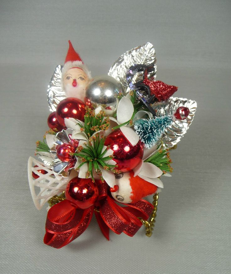 Vintage Christmas Corsages-love this one.