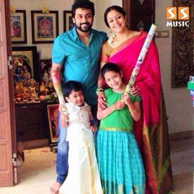 Surya-Jothika with their kids