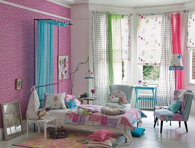 Loving the layers of patterns and textures!  The blinds/curtains would have me staring at them all day!