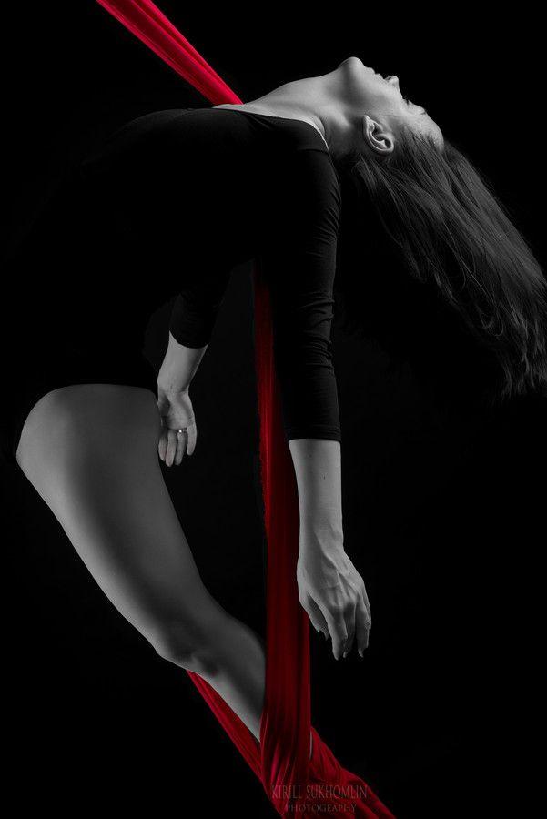 Jump by Kirill Sukhomlin on 500px