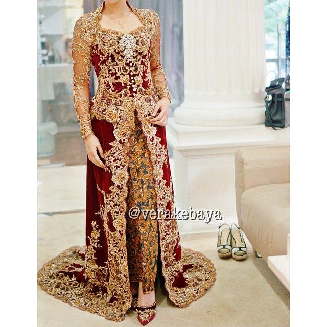 Fitting 60% #kebaya #pengantin #perkawinan #wedding #weddingdress #batik #verakebaya  (di Rumah Kebaya Vera Anggraini)