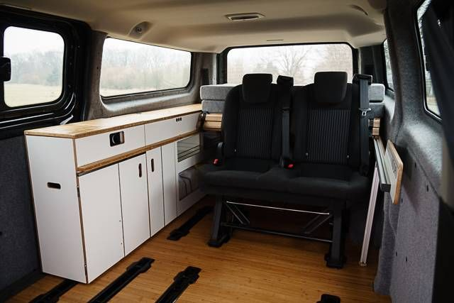 movovan camping ausbau f r den ford transit custom bus vorr bergehende deko bergangsk che. Black Bedroom Furniture Sets. Home Design Ideas