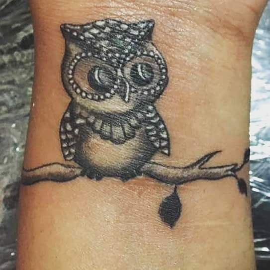 Best 25+ Owl Tattoo Wrist Ideas On Pinterest