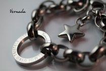 Vernada Design UNELMOI. USKO. TAISTELE. USKALLA. -ranneketju, TERÄS, paksu  #Vernada #jewelry #koru #teräskoru #ruostumatonteräs #stainless #steel #suomestakäsin #käsityökortteli #finnishdesign #finnishfashion