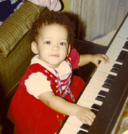 Even at this early age she was familiar with the piano keys.