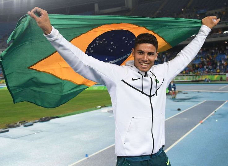 Da Silva sets pole vault record:     Brazilian Thiago Braz da Silva set a new Olympic record by clearing 6.03 meters and defeated Renaud Lavillenie of France, the reigning Olympic champion and world record holder. USA's Sam Kendricks settled for bronze.     -  2016 Rio Olympics: Highs and lows from Day 10