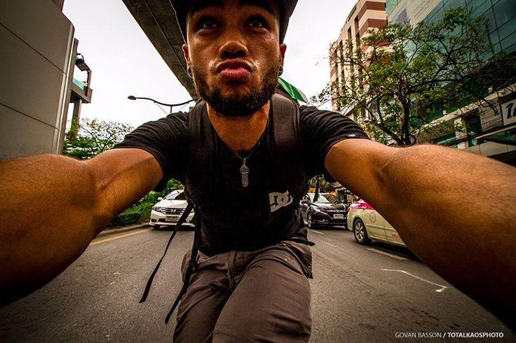 Govan Adrian Basson, Adventure Sports Photographer, Adventure Guide and Multi sportsman, Totalkaos_Studio. Me skating Bangkok on my Alpha Longboard! @alphalongboards #skating @redbullza…