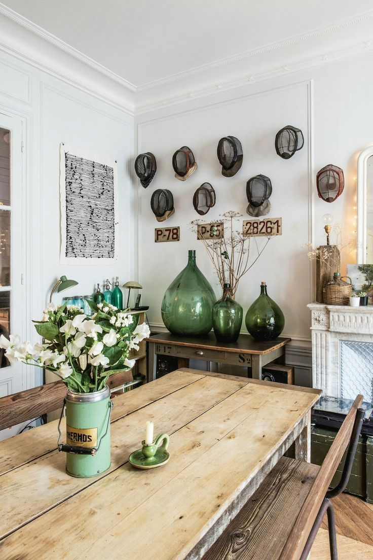 Beautifully Collected Decor Ideas Hats On The Wall Large Green Vintage Bottles Mixing Old With New Decor It Swedish Decor Wood Dining Room Rustic Kitchen