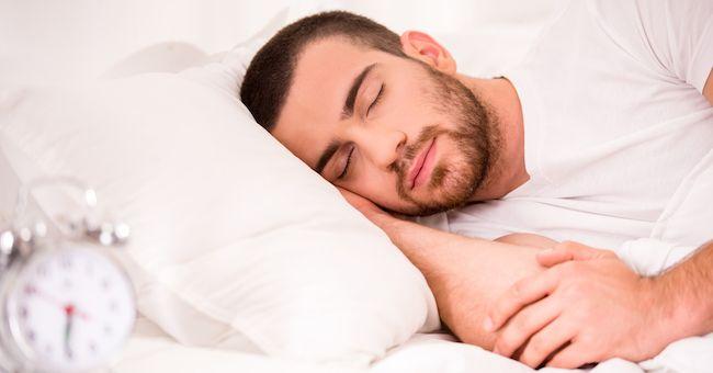 Andare a dormire presto un aiuto naturale per la fertilità maschile