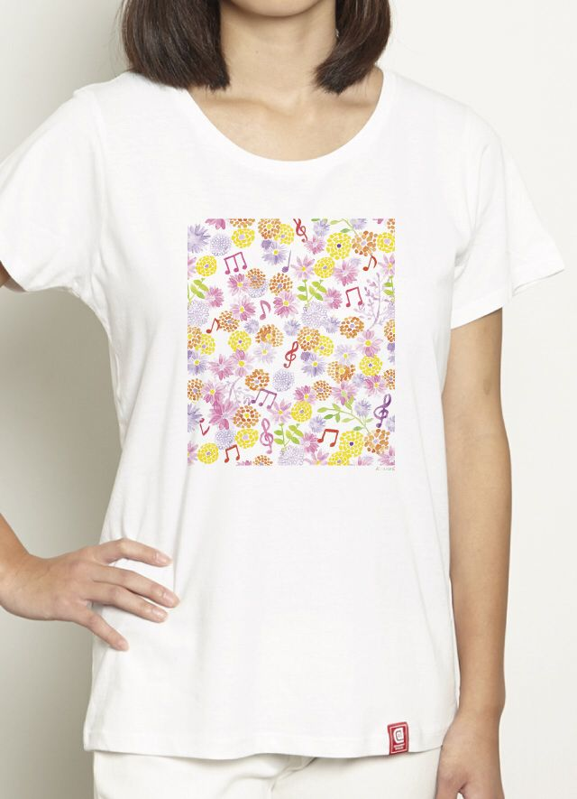 『FELISSIMO/kinue』 様々な画材を使用し、自由な色使いで表現するイラストレーター/サーフェイスパターンデザイナー「kinue」作品。 「カラフルな花たちが音楽に合わせて、リズミカルに楽しさ、喜びを表現しました」という、かわいい作品が、レディースTシャツになりました*\(^o^)/*着るとこんな感じに^ ^