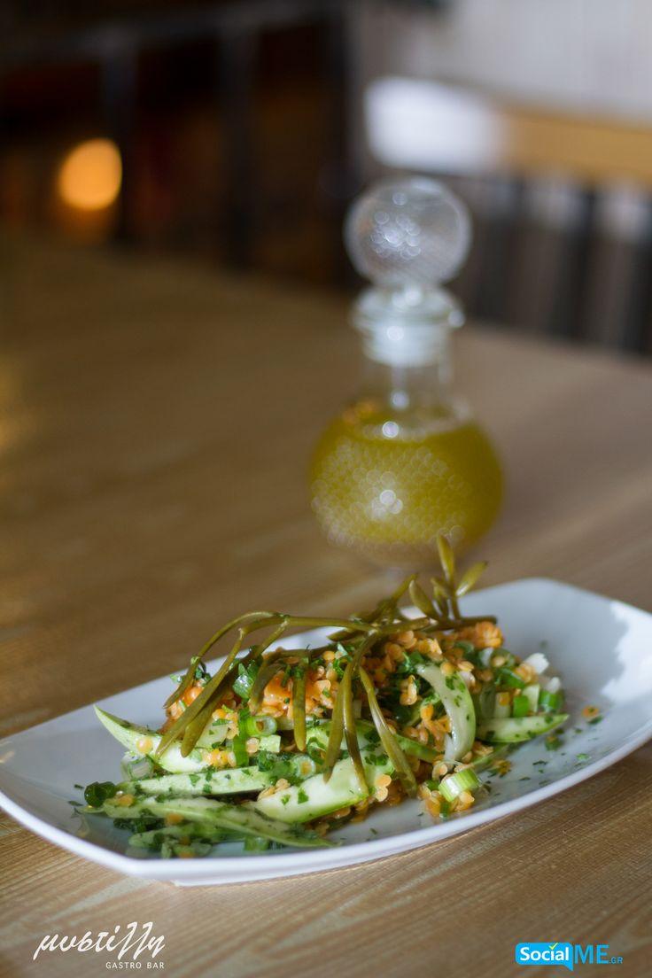 Ώρα για…ορεκτικό! Διαλέξτε ανάμεσα σε μια εκλεκτή ποικιλία από σαλάτες, τυριά, αλλά και διάφορα άλλα πιάτα που έχουμε ετοιμάσει για εσάς, ώστε να ξεκινήσετε το γεύμα σας, με τον καλύτερο δυνατό τρόπο!