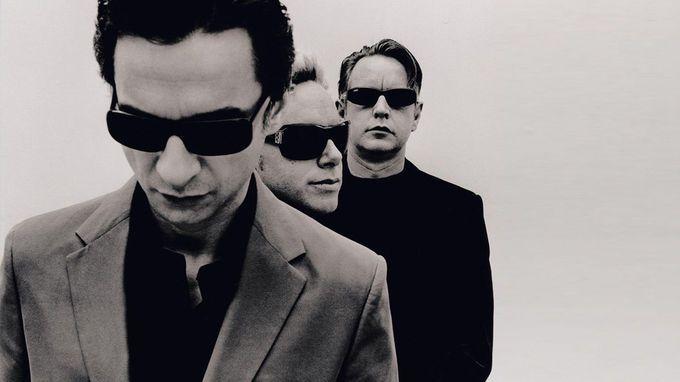 Depeche Mode aterriza en el Palacio de los Deportes los días 17 y 18 de enero. ¿Quieres apostar sobre seguro? El directo de la banda británica es un must. Los reyes del rock electrónico presentan de The Delta Machine, su último álbum. Clásicos.   Año nuevo, planes nuevos - My Lightstyle - Blogs Harper's Bazaar