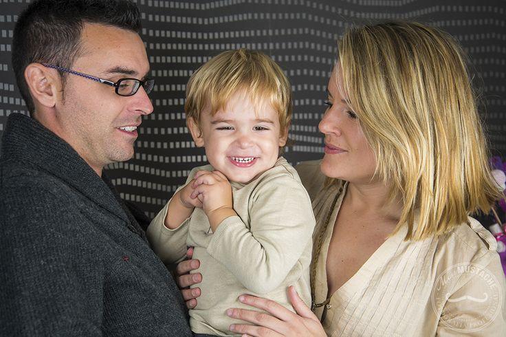 Fotografía familia   Sesión fotos en casa  