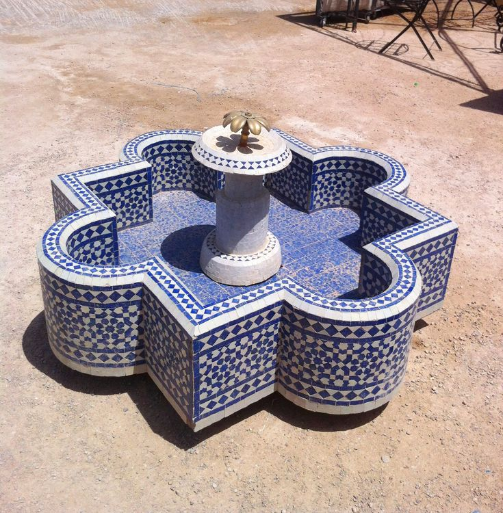 Mediterranean Homes Designs: A Beautiful Mosaic Tiled Fountain At A Moroccan Mosaic