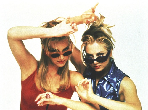 romy and michelle <3 One of my favorite movies ever!!