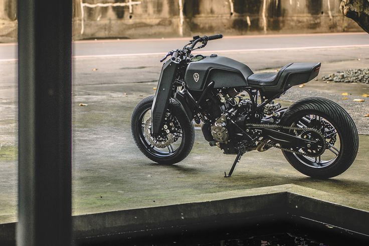 """""""Onyx Blade"""" : Yamaha MT07 by Rough Crafts Source : @bike-exif"""