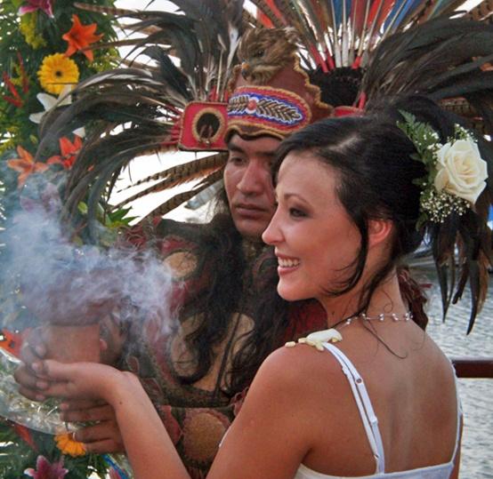 Индейские Мексиканские Свадьбы (Ривьера Майя, Мексика).  Подробности: +7(495) 7421717, sale@inna.ru , www.inna.ru   Будьте с нами! Открывайте мир с нами! Путешествуйте с нами!  #wedding#travel#mexico#Inna