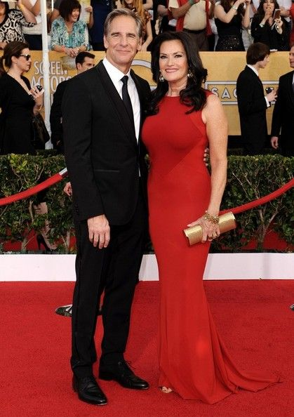 Scott Bakula Photos - 20th Annual Screen Actors Guild Awards..Shrine Auditorium, Los Angeles, CA..January 18, 2014..Job: 140118A1..(Photo by Axelle Woussen/Bauer-Griffin)..Pictured: Scott Bakula and Chelsea Field... - 20th Annual Screen Actors Guild Awards