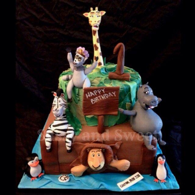 A very fun first birthday cake #cake #birthdaycake #madagascar #firstbirthday #madagascarcake #melman #marty #gloria #alex #mississauga #mississaugabakery #mississaugacakes #gta #gtabakery #gtacakes #toronto #torontobakery #torontocakes #vanilla #redvelvet #fondant #gumpaste #delicious #foodporn #cakeporn #edibleart #sassyandsweet