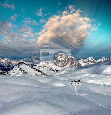 Fotobehang snowy mountains bij zonsondergang in de winter - snowy • pixers.nl