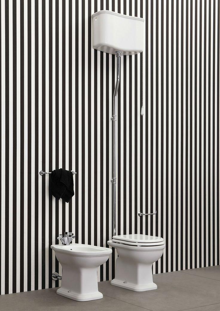 Wc-istuin, yläsäiliöllinen, perinteinen ja vanhanajan tyyliseen kylpyhuoneeseen - Domus Classica verkkokaupasta / Classical toilet seat with an elevated cistern for a classical bathroom from Domus Classica