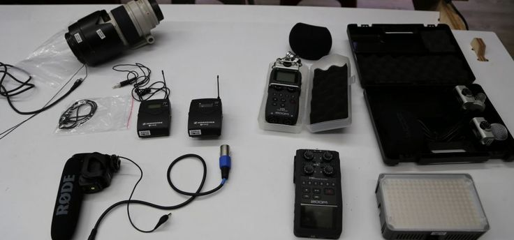 Field study: How to use a H5 Zoom or H6 Zoom field recorder with lav mic setup