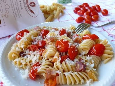 Il Pomodoro Rosso di MAntGra: Fusilli con pancetta sarda e Pecorino maturo DOP