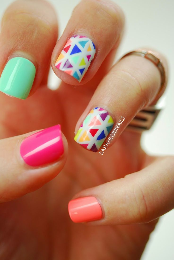 Sarah Lou Nails: Bright Triangle Nails!
