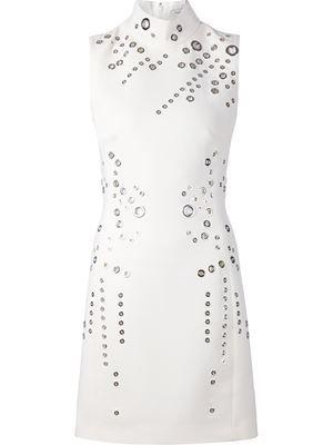 robe à oeillets