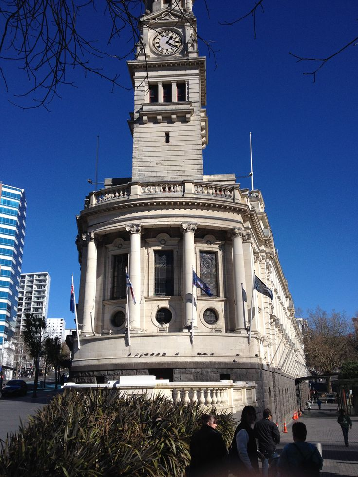 Auckland town city hall- Ionic columns and architectual design, Roman inspired