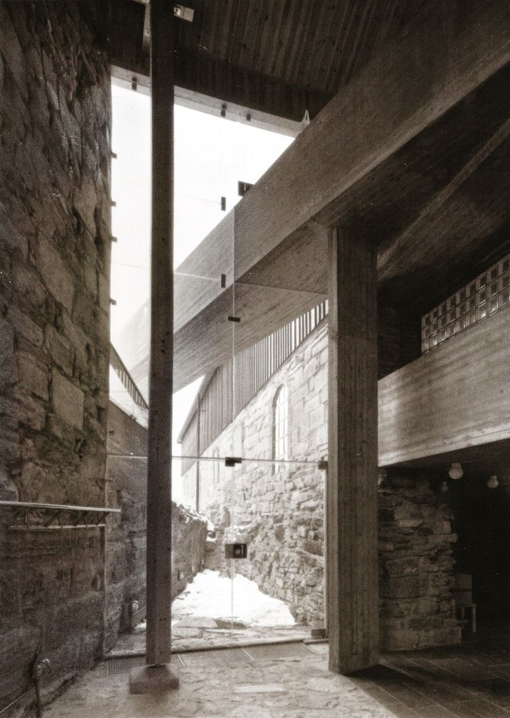 Sverre Fehn - Hedmark County Museum (renovation of a historic barn and medieval castle grounds), Hamar 1978.