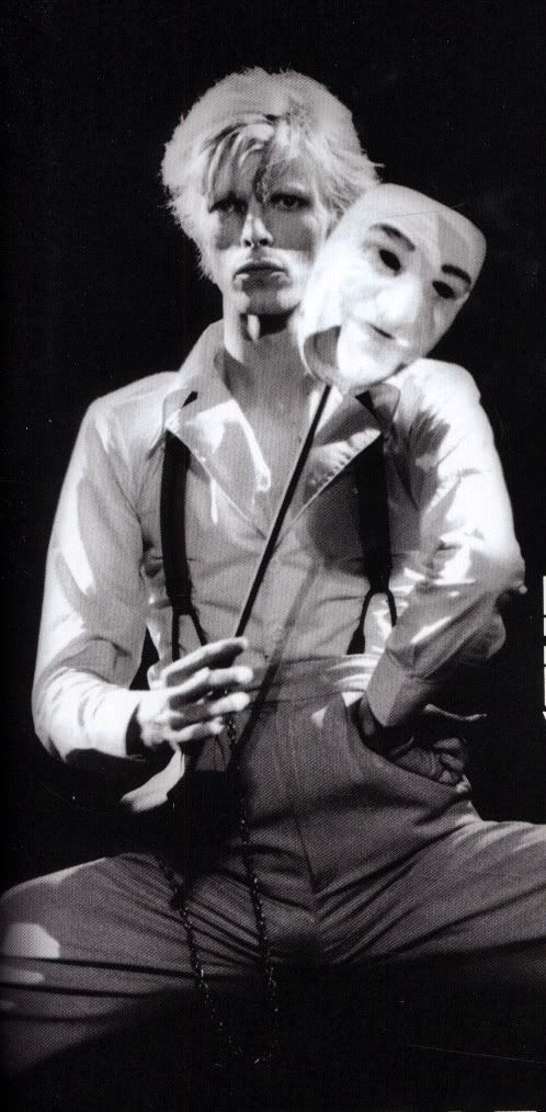 DAVID BOWIE 1974 Cracked Actor (with mask) (please follow minkshmink on pinterest)