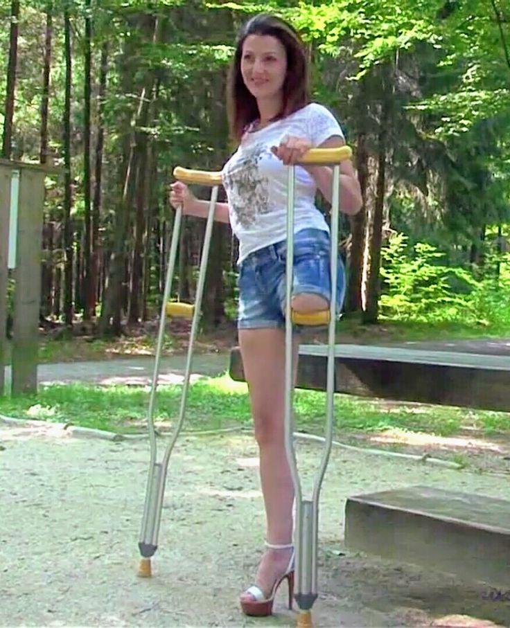 Her sexy crutches sucking