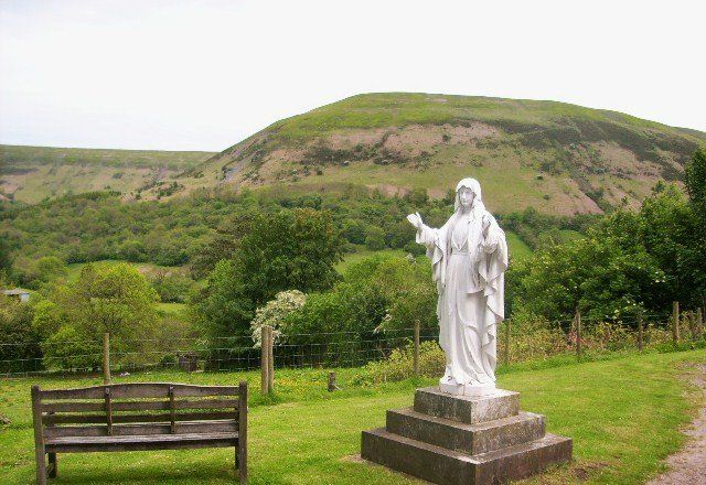 Les apparitions mariales Llanthony Abbey