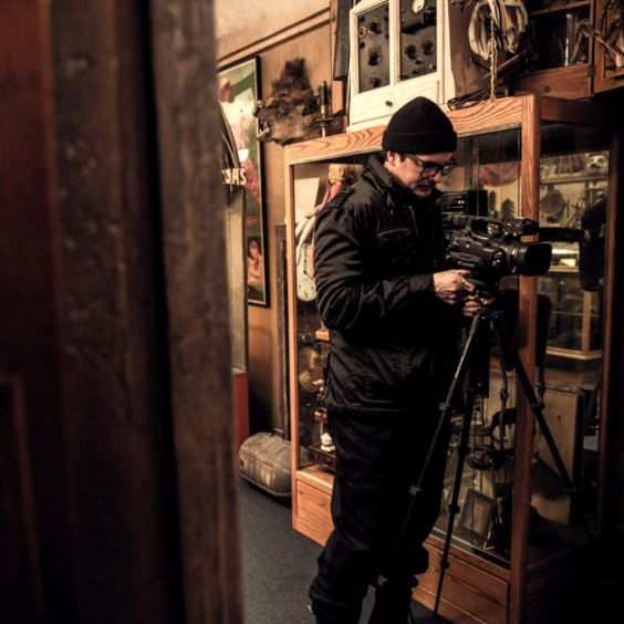 It has been said that internal actors can influence organizational identity through reinterpretation of or disagreement with the stated or official identity. The specific case with Zak Bagans' Haunted Museum is the official identity with Zak Bagans himself