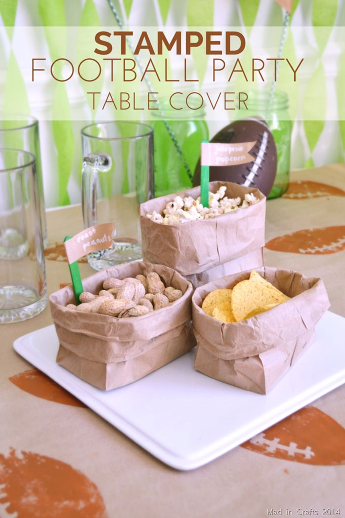 make an easy and cheap table cover for your next football party