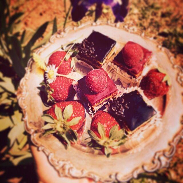 Yummy #food #nature #italy #girls #icecream #yummy #amazing #chanel #crazy #sweet #dinner #lunch #breakfast #fresh #tasty #food #delish #delicious #пастиччини #foodpic #rolex #eat #паузакофе #италия #hot #пьемонт