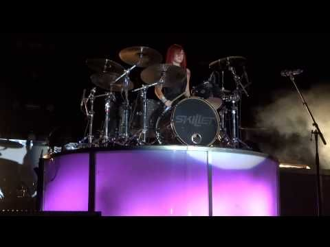 Jen Ledger's Drum Solo (9/15/12)....watch this and it will change your life. Who wouldn't want to be like her?