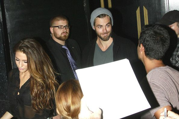 Chris Pine Photos Photos - Chris Pine arrives at Bootsy Bellows nightclub in Los Angeles, before leaving one hour later holding hands with a mystery girl. Chris broke up with his model girlfriend Dominique Piek just a few weeks ago according to the Huffington Post. - Chris Pine Arrives at Bootsy Bellows