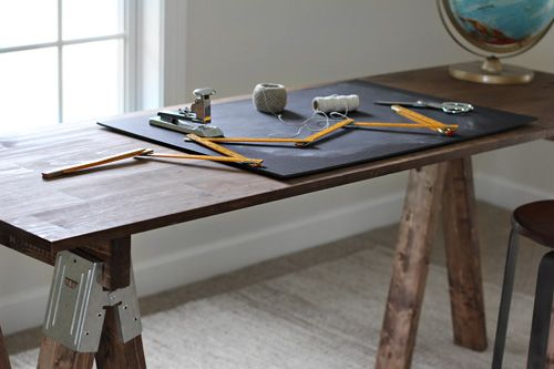Trash to Treasure: DIY Sawhorse Desk by Miss B. of Besotted Brand Blog for Brooklyn LimestoneIdeas, Diy Desks, Living Room, Sawhorse Desks, Diy Sawhor Desks, Brooklyn Limestone, Sawhor Desks Diy, Diy Sawhorse, Rustic Sawhorse