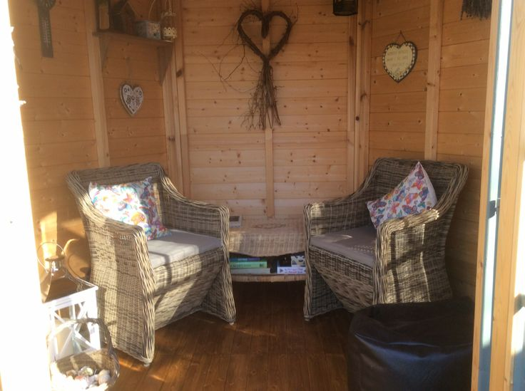 Jerry & Sara's #summerhouse gives them an idyllic view of their garden, they said 'This is our lovely summer house; a peace haven for reading & listening to the birdsong! Perfect to unwind in the evening with a glass of wine!'