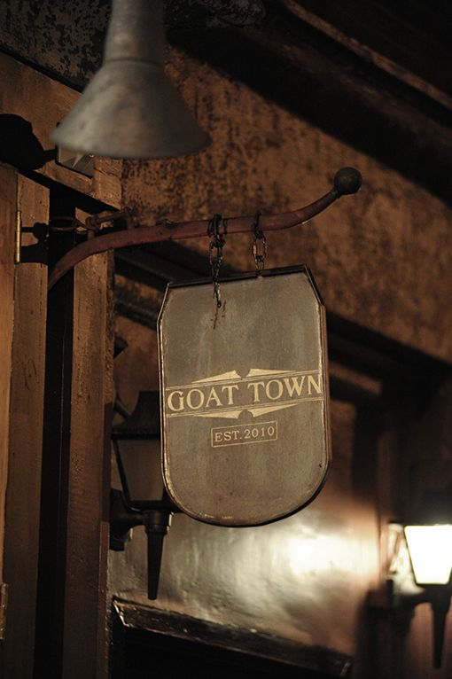 hOmE_goat town