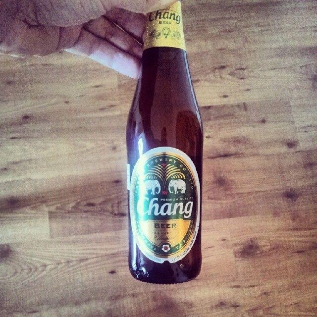 Nome: #Chang Provenienza: #Thailandia (Beer Thai Company) Nata nel: 1994  Alc.Vol.: 5% Da provare con: cibo thailandese  Sito web: http://www.changbeer.it  #birra #birre