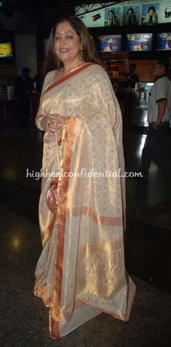Kiron Kher in kora Benarasi Saree. Description by Pinner Mahua Roy Chowdhury