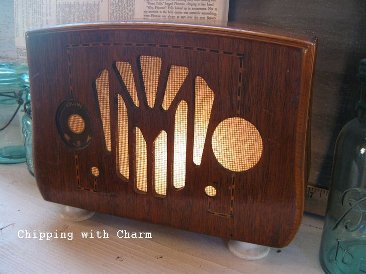Old Radio Shell Turned Light...let It shine... http://www.chippingwithcharm.blogspot.com/2013/11/old-radio-turned-lighttime-to-shine.html